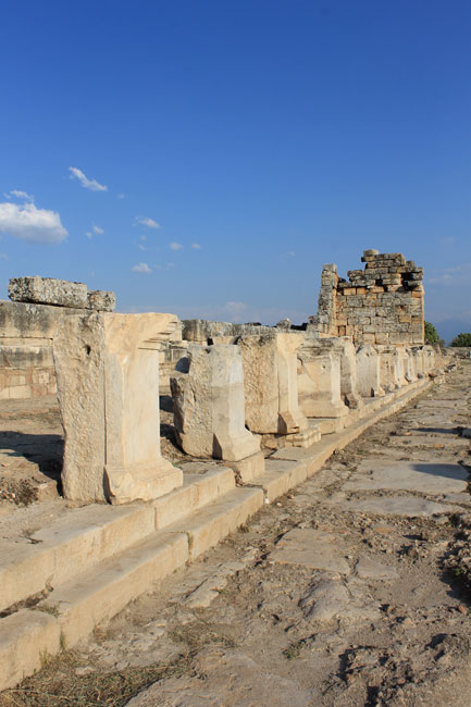 Hiérapolis - Nymphaeum of the Triton